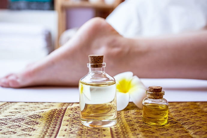 Смеси с эфирными маслами применяют в качестве вспомогательного элемента лечения